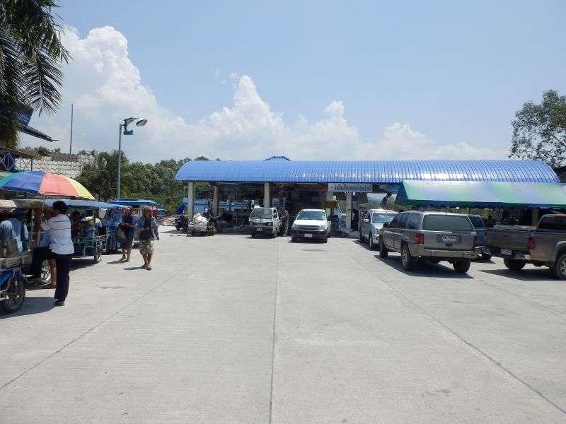 der Pier nach Koh Phayam und Koh Chang in Ranong