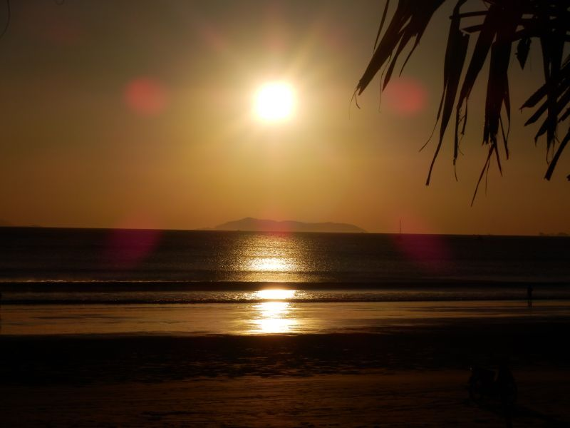Sonnenuntergang am Long Beach auf Koh Phayam